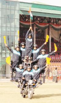 Daredevils of J&K Police during Full Dress Rehearsal at Jammu on Firday. (Baru)