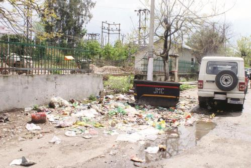 WAKE UP JMC: On one hand government is promoting hygiene practices and on the other hand dirt and filth is lying on the main road of Sector 1 Channi Himmat leading to smell and infections in the locality. JL Baru